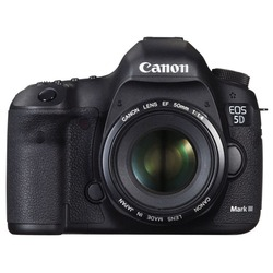 Canon EOS 5D Mark III 50mm f/1.4 Kit